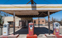 Aged Old Abandoned Vintage Gas Station On Route 66 In Southern California