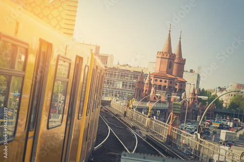 Fotobehang Berlijn U-Bahn train on Oberbaum Bridge in Berlin