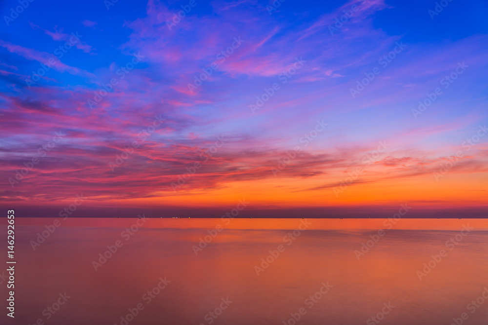 Fototapety, obrazy: Sea and sky in Twilight time