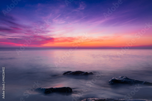 Foto op Plexiglas Aubergine Sea and sky in Twilight time