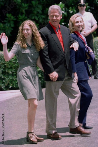 fresh styles preview of huge selection of President Bill Clinton, the First Lady, and their daughter ...