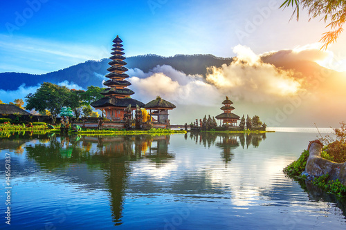 Wall Murals Place of worship pura ulun danu bratan temple in Bali, indonesia.