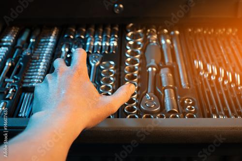 Zdjęcie XXL W pełni wyposażony zestaw narzędzi. Instrument.