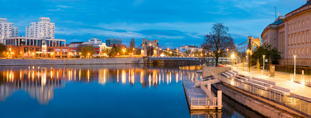 Fototapeta Wroclaw, Poland- Panorama of the historic and historic part of the old town,Grunwaldzki Bridge on the Oder River