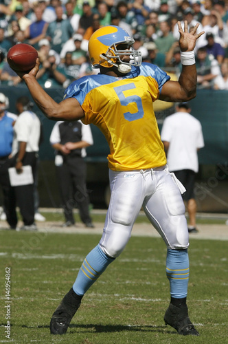 d90fafaf Philadelphia Eagles quarterback Donovan McNabb throws a touchdown ...