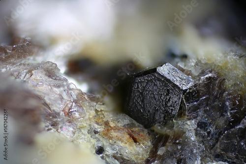 Obraz na plátně  Crystal of zircon