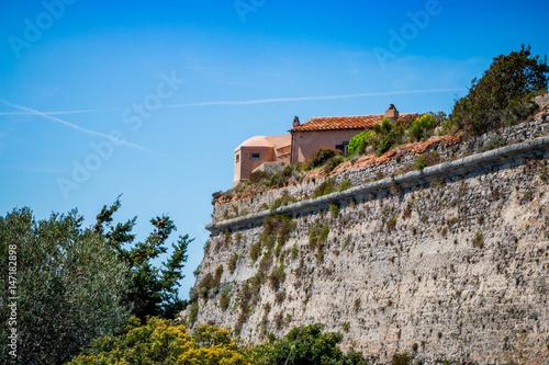 Tuinposter Vestingwerk Le fort Rocca Spagnola de Porto Ercole en Toscane