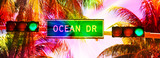 Ocean drive sign and traffic light - 147232081