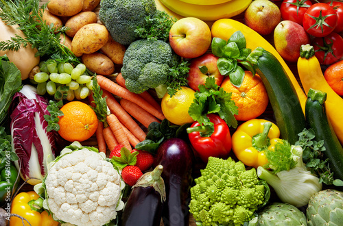 Photo sur Toile Cuisine Different fruits and vegetables
