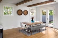 Elegant Dining Room In New Lux...