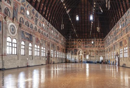 Carta da parati Palazzo della Ragione. Interior. Padova, Italy
