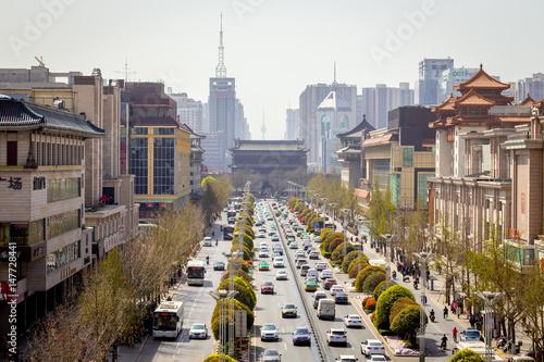 Fotobehang Xian La circulation routière dans une ville chinoise