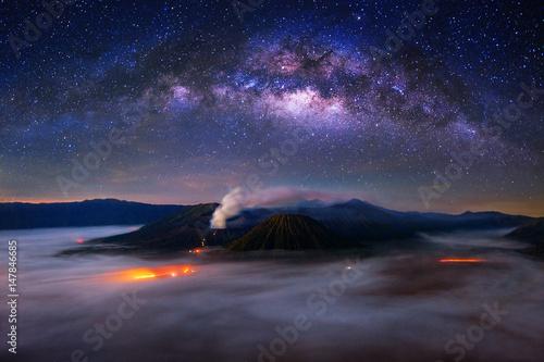 Foto op Aluminium Indonesië milky way over Bromo Mount in Bromo Tengger Semeru National Park, East Java, Indonesia.