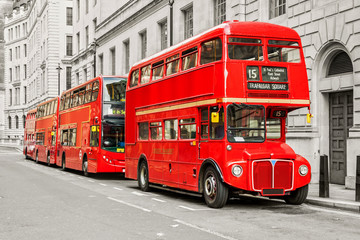 Fototapeta na wymiar Red bus in London
