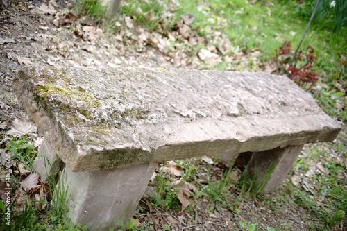 Steinbank Am Wanderweg Eine Aus Einzelnen Steinen Aufgetürmte Bank