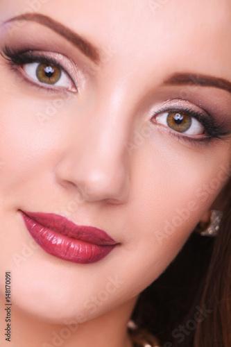 Foto op Plexiglas Beauty Close up portrait of beautiful young woman face