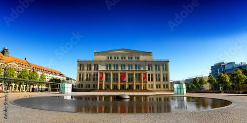 Foto auf Gartenposter Oper / Theater Oper Leipzig sehenswürdigkeit augustusplatz
