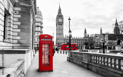 Photo sur Toile Londres London Telephone Booth and Big Ben