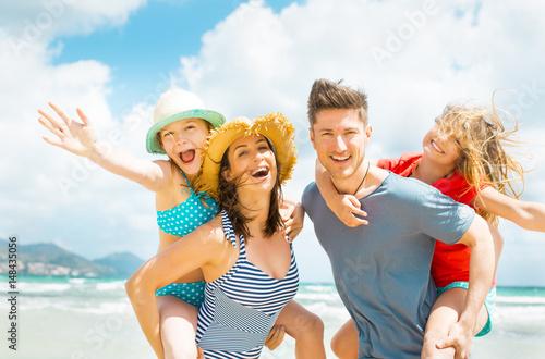 Plakat Rodzina na plaży