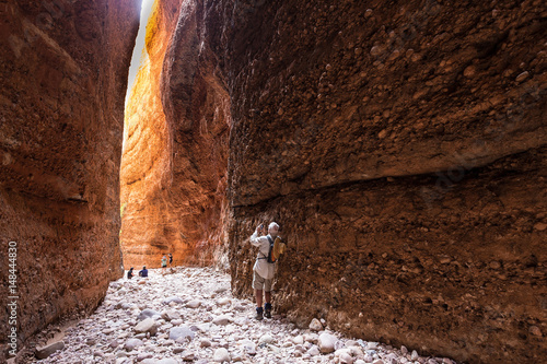 Fotografie, Obraz  Looking outwards towards the entrance of Echidna Chasm at midday in the World He