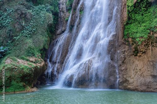 Spoed Fotobehang Watervallen Beautiful waterfall at Thi Lo Su,In Thailand