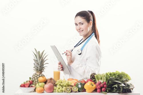 Fotografia  Dietician Writing Prescription