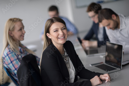 Fototapety, obrazy: Business Team At A Meeting at modern office building