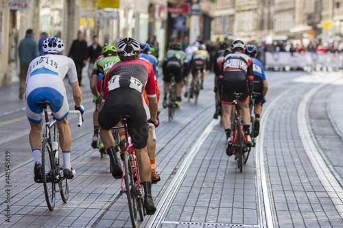 Foto op Plexiglas Fietsen Group of cyclist during the street race