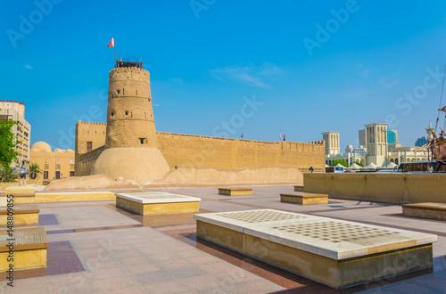 Photo Al Fahidi fort converted into the Dubai Museum, UAE