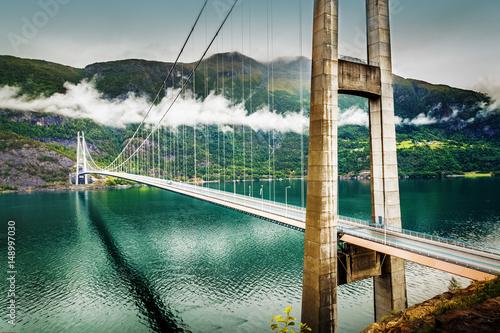 In de dag Brug Hardanger bridge. Hardangerbrua. Norway, Scandinavia.