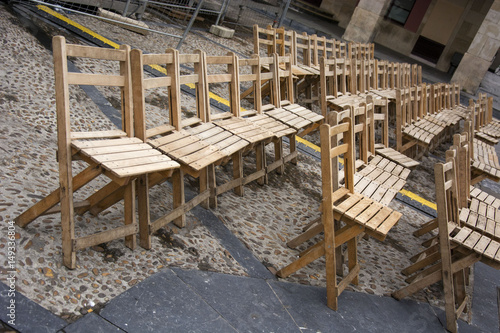 Photo sur Toile Drawn Street cafe Chairs 7