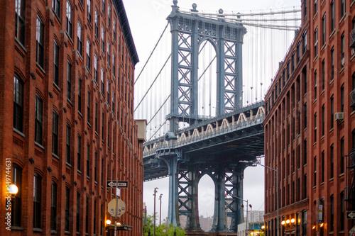Spoed Fotobehang Brooklyn Bridge Dumbo view of the Manhattan Bridge