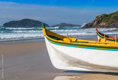 Photo  Canoas a remo para pesca artesanal.