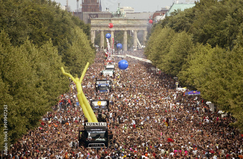 TECHNO FANS DANCE DURING THE 15TH BERLIN LOVE PARADE - THE