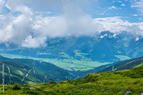 Fototapeta View of the alps along the famous hiking trail Pinzgauer spaziergang near Zell am See, Salzburg region, Austria. obraz na płótnie
