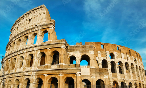 Photo  The legendary Coliseum of Rome, Italy