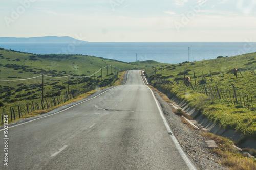 Fotografía  Carretera hacia Tarifa con África al fondo, Cádiz, Andalucía, España