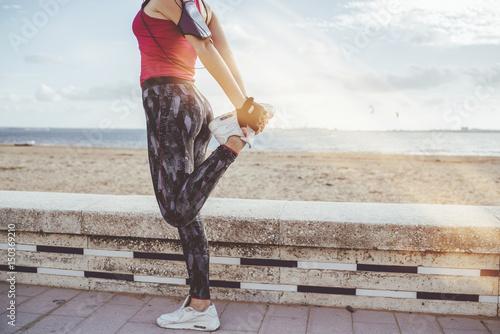 Fotografiet  Young woman doing sport
