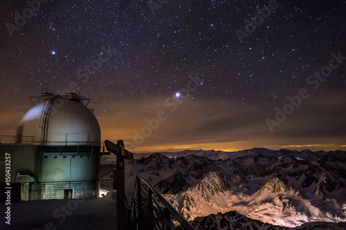 Starry night at Pic du Midi Fototapeta