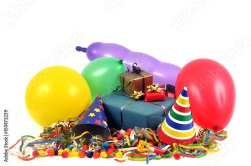 Fototapeta Paquets cadeaux avec des ballons de baudruche et des cotillons