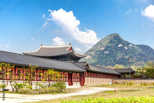 Stampe  Gyeongbokgung Palace in Seoul, South Korea. At spring