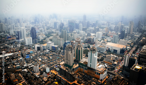Photo Aerial view of Bangkok modern office buildings, condominium in Bangkok city , BK