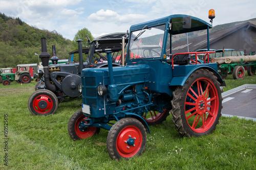 Photo  alter Traktor