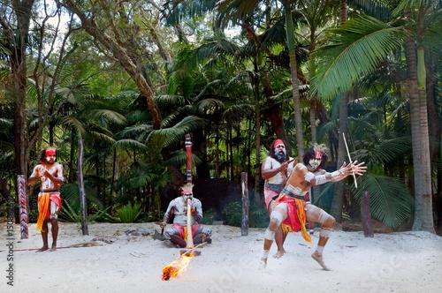 Photo Aboriginal culture show in Queensland Australia