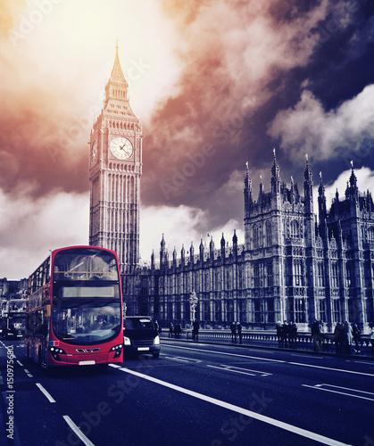 Foto op Canvas Londen rode bus Houses of Parliament