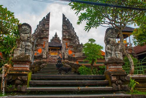 Valokuva  Temple Pura Pusen. Ubud, Bali, Indonesia.