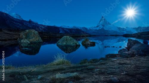 Vollmond über dem Stellisee und Matterhorn #151241454