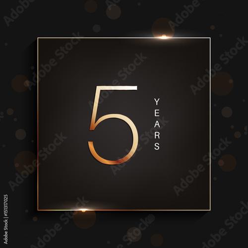 Photographie  5 years anniversary gold logo on dark background