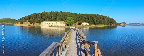 Photo Isolated monastery (Zvernec, Albania).