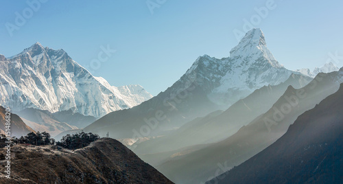 Photo  Morning view of the  Ama Dablam (6814 m) - Nepal, Himalayas